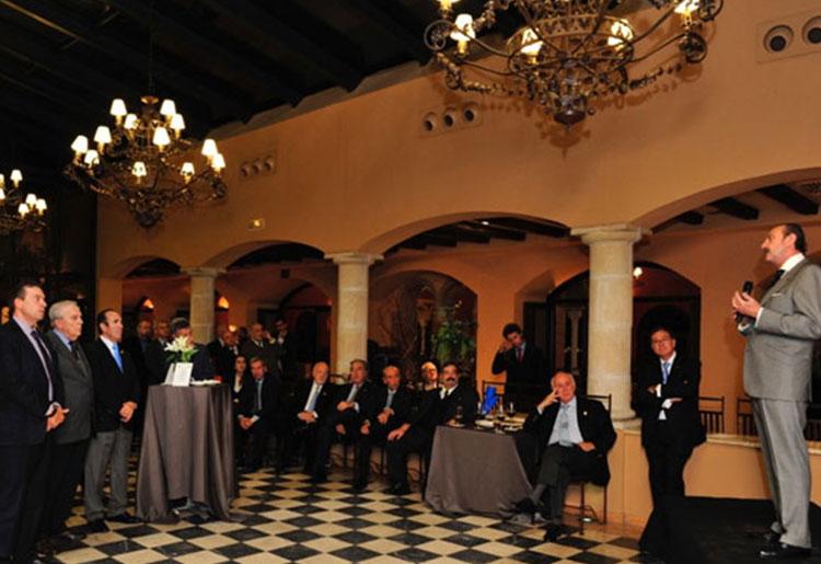El Dr. Manuel J. De la Torre pone su Fundación a disposición del movimiento rotario madrileño